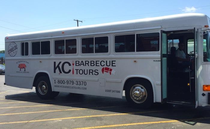 KC-barbecue-tour-bus